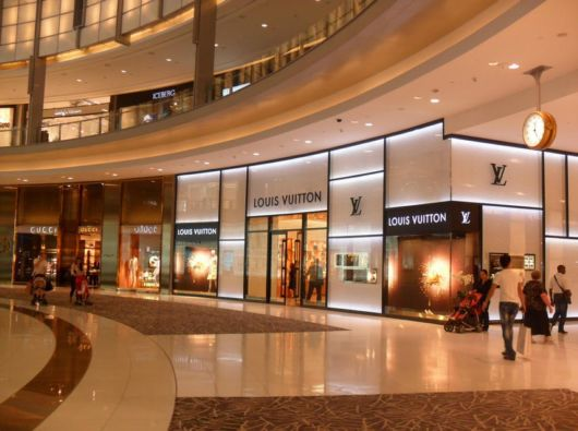 Dubai Mall - The Biggest Shopping Mall On The Planet
