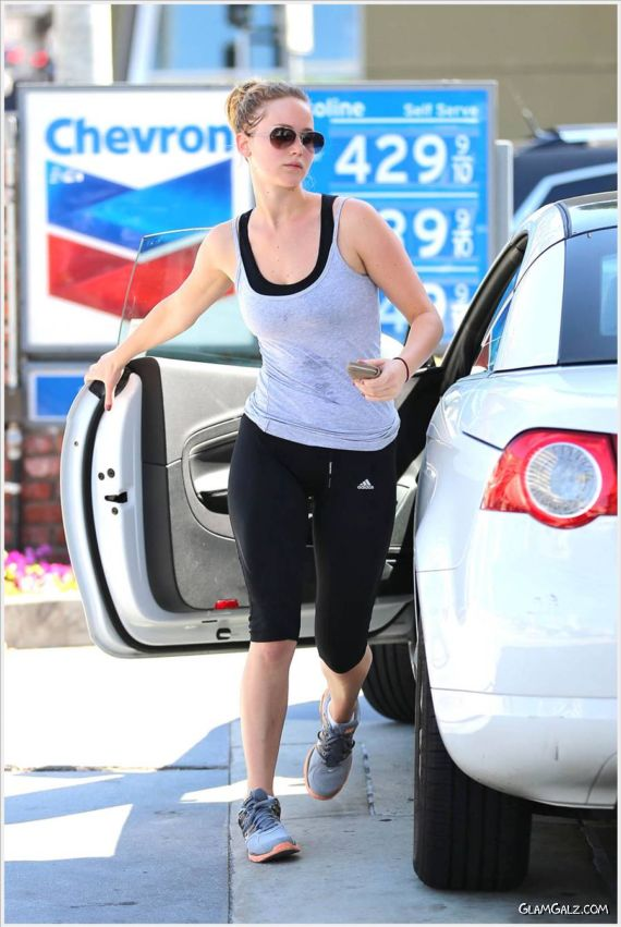 Jennifer Lawrence At The Fuel Pump