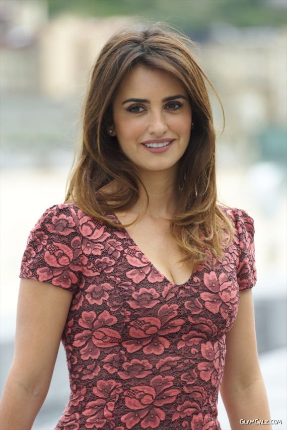 Gorgeous Penelope Cruz Latest Pictures