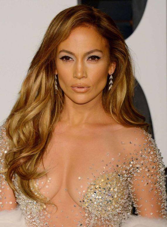 Jennifer Lopez Stunning In Vanity Fair Oscar Party