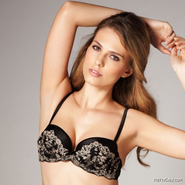 Beautiful Aniko Michnyaova Posing For La Senza