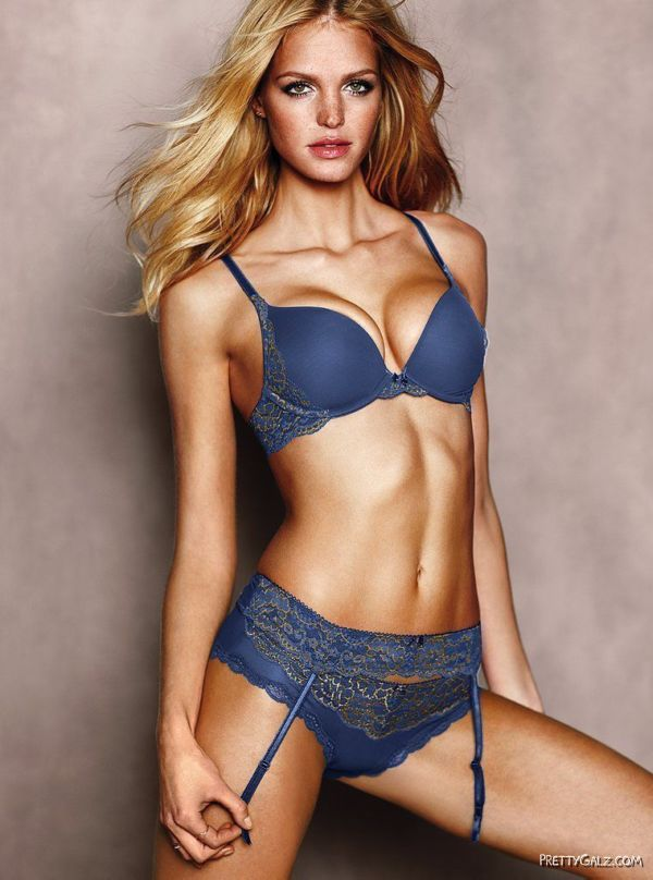 American Fashion Model Erin Heatherton