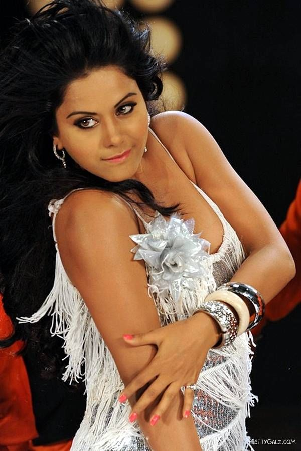 Rachana Maurya Shoot For An Item Song