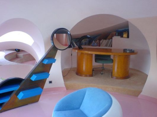 The Amazing Pierre Cardin's Palace